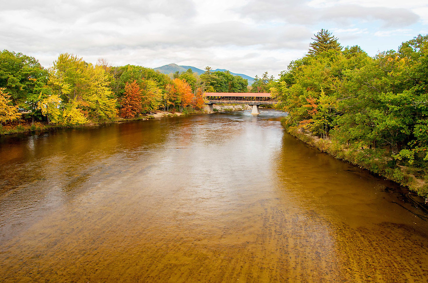 The Saco Covered Bridge spanning.... you guessed it... the Saco River !
