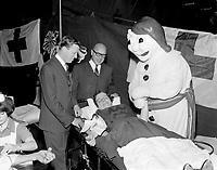 ARCHIVE -<br /> <br /> Le Carnaval de Quebec 1966 0u 1967  - infirmerie<br /> , Le maire Gilles Lamontagne a gauche<br /> <br /> PHOTO - Agence Quebec Presse -  Photo Moderne