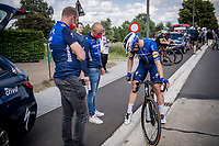 After a week where he won his first 2 races after his horrific crash in 2020, Fabio Jakobsen (NED/Deceuninck - Quick Step) came with high hopes to this race, but was involved in a bunch crash where he was hit on the knee and decided it would be wiser to abandon the race altogether at that point...<br /> <br /> Heylen Vastgoed Heistse Pijl 2021 (BEL)<br /> One day race from Vosselaar to Heist-op-den-Berg (BEL/193km)<br /> <br /> ©kramon