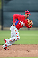 February 24, 2010:  Infielder Juan Castro (7) of the Philadelphia Phillies during practice at Carpenter Complex in Clearwater, FL.  Photo By Mike Janes/Four Seam Images