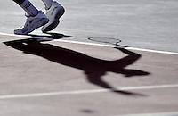 BOGOTA- COLOMBIA 23-07-2015: Ivo Karlovic de Croacia sirve a Daniel Galan de Colombia durante partido del ATP Claro Open Colombia de Tenis en las canchas del Centro de Alto rendimiento en Altura en la ciudad de Bogota.  / / Ivo Karlovic of Croatia serves to Daniel Galan of Colombia during a match to the ATP Claro Open Colombia of Tennis in the courts of the High Performance Center in Altura in Bobota City. Photo: VizzorImage / Luis Ramirez / Staff.