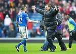 St Johnstone v Aberdeen...13.04.14    William Hill Scottish Cup Semi-Final, Ibrox<br /> Tommy Wright embraces James Dunne at full time<br /> Picture by Graeme Hart.<br /> Copyright Perthshire Picture Agency<br /> Tel: 01738 623350  Mobile: 07990 594431