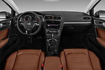 Stock photo of straight dashboard view of a 2018 Volkswagen Golf Alltrack TSI SEL 4Motion DSG 5 Door Wagon