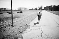 Bernie Eisel (AUT/Dimension Data) making speed to get back to the front asap<br /> <br /> 100th Ronde van Vlaanderen 2016