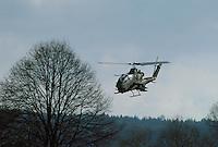 """- US Army antitank attack helicopter """"Cobra"""" during NATO exercises in Germany....- elicottero da combattimento anticarro """"Cobra"""" dell'US Army  durante esercitazioni NATO in Germania"""