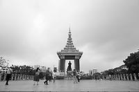 monuments in Phnom Penh