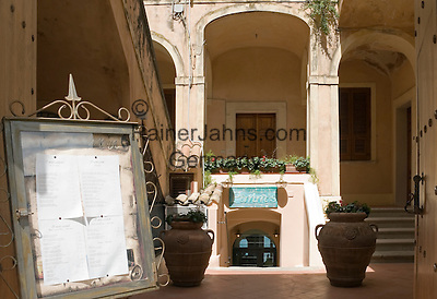 Italy, Calabria, beach resort Tropea: entrance of restaurant Pimm's at old town