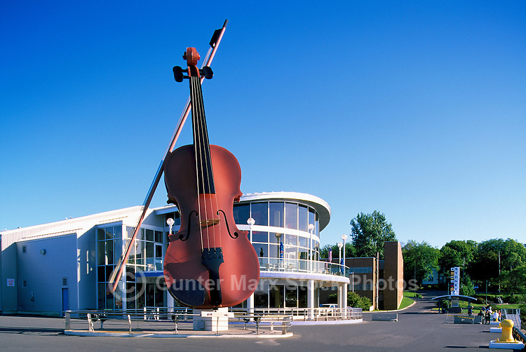 "Sydney, NS, Nova Scotia, Canada - The Big Ceilidh Fiddle (artist / welder: Cyril Hearn) at ""Joan Harriss"" Cruise Pavilion"