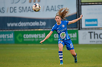 Fran Meersman (5 of Gent)  pictured during a female soccer game between Eendracht Aalst and AA Gent Ladies on the 10 th matchday of the 2020 - 2021 season of Belgian Scooore Womens Super League , Saturday 19 th of December 2020  in Aalst , Belgium . PHOTO SPORTPIX.BE | SPP | DIRK VUYLSTEKE