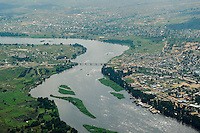 SOUTH SUDAN  aerial view of capital Juba at river White Nile locally called Bahr al-Dschabal / SUED-SUDAN  Luftaufnahme der Hauptstadt Juba am westlichen Ufer des Weissen Nils