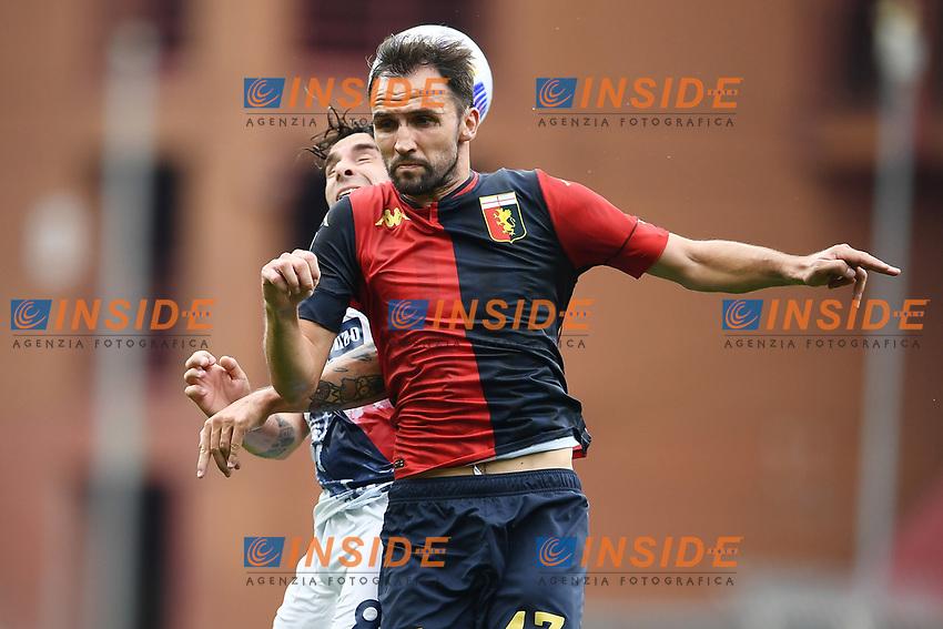 Milan Badlj-Luca Cigarini <br /> Serie A football match between Genoa CFC and FC Crotone at Marassi Stadium in Genova (Italy), September 20th, 2020. Photo Image Sport / Insidefoto