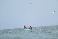 Two men fish while roaming the sea aboard a panga or fishing boat in the La Cruz estuary in Kino viejo, Sonora, Mexico.<br /> (Photo: Luis Gutierrez / NortePhoto.com).<br /> <br /> Dos hombres pescan mientras vavegan en el mar abordo de una panga o bote de pesca en el estero La Cruz en Kino viejo, Sonora, Mexico. <br /> (Photo: Luis Gutierrez / NortePhoto.com).
