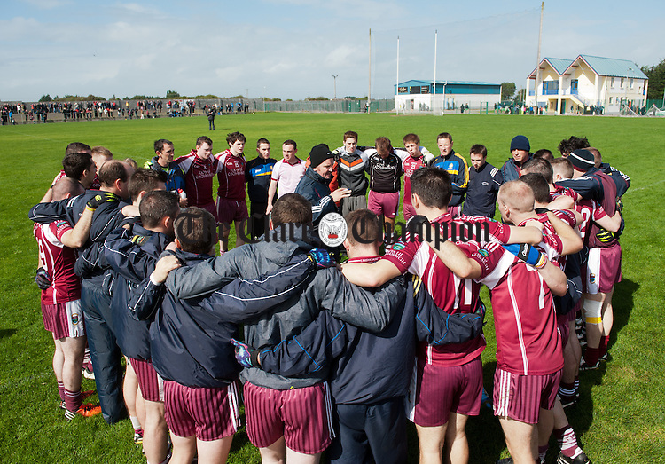 Manager of Lissycasey, Barry Donnelly holds a team talk before playing against Ennistymon in extra time during their quarter final at Clarecastle. Photograph  by John Kelly.