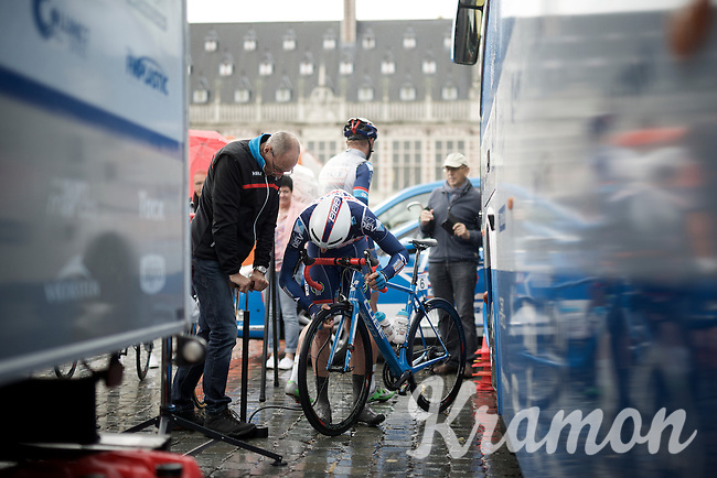 Kenny De Haes (BEL/Wanty-Groupe Gobert) checking his tire pressure pre-race<br /> <br /> 50th GP Jef Scherens 2016