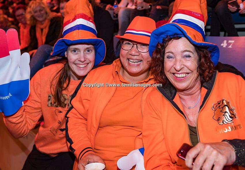 Den Bosch, The Netherlands, Februari 10, 2019,  Maaspoort , FedCup  Netherlands - Canada, Dutch supporters<br /> Photo: Tennisimages/Henk Koster