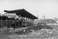 - Milano, marzo 1994, stazione dismessa delle Ferrovie Nord nel quartiere Bovisa <br /> <br /> - Milan, Mars 1994, disused North Railways station in the Bovisa district