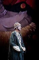 Sol<br />  (Marc Favreau) au spectacle de la Fondation OLO vers 1995<br /> (date inconnue)<br /> <br /> PHOTO : Agence Quebec Presse