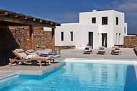 luxury swimmining pool