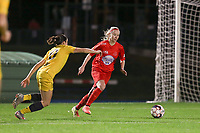 Woluwe's Magali Dinon (R) and Standard's Noemie Gelders (10)(L) in action during a female soccer game between FC Femina WS Woluwe and Standard Femina de Liege on the fourth match day of the 2020 - 2021 season of Belgian Womens Super League , Friday 8th of October 2020  in Liege , Belgium . PHOTO SPORTPIX.BE   SPP   SEVIL OKTEM