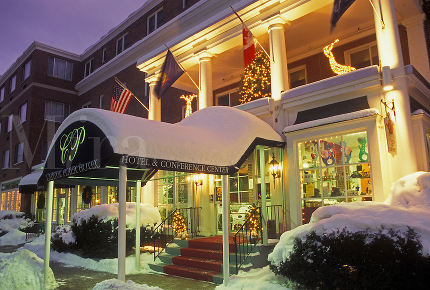 AJ4660, Christmas, hotel, Inn, Vermont, winter, Montpelier, The snow covered Capitol Plaza Hotel with Christmas decorations at night in Montpelier in Washington County in the state of Vermont.