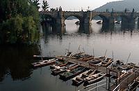 Tschechien, Prag, Karlsbrücke, Moldau, Unesco-Weltkulturerbe