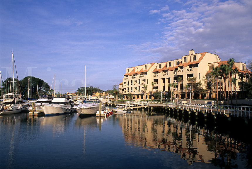 Beautiful resort town and historic harbour with condos in Hilton Head, South Carolina, USA