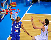 French national basketball team players Tony Parker during final Eurobasket 2011 game between Spain and France in Kaunas, Lithuania, Sunday, September 18, 2011. (photo: Pedja Milosavljevic)