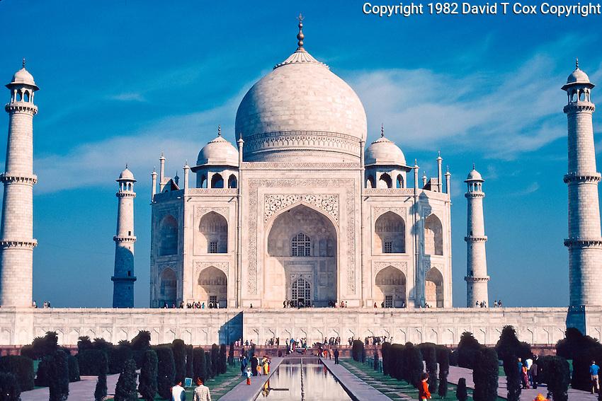 Taj Mahal, 17th C mausoleum by Shah Jahan, Agra