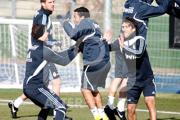 Madrid (24/02/10).-Entrenamiento del Real Madrid..Cristiano Ronaldo, Marcelo y Raul...© Alex Cid-Fuentes/ ALFAQUI..Madrid (24/02/10).-Training session of Real Madrid c.f..Cristiano Ronaldo, Marcelo and Raul...© Alex Cid-Fuentes/ ALFAQUI.