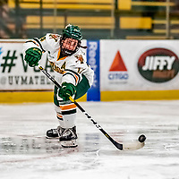 30 November 2018: University of Vermont Catamount Forward Ali O'Leary, a Junior from Reading, MA, in second period action against the University of Maine Black Bears at Gutterson Fieldhouse in Burlington, Vermont. The Lady Cats were edged out by the Bears 2-1 in the first game of their 2-game Hockey East series. Mandatory Credit: Ed Wolfstein Photo *** RAW (NEF) Image File Available ***