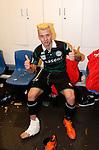 Nederland, Rotterdam, 3 mei 2015<br /> KNVB Bekerfinale<br /> Seizoen 2014-2015<br /> PEC Zwolle-FC Groningen<br /> Albert Rusnak van FC Groningen zit met ijs op zijn enkel in de kleedkamer