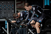 Nikias Arndt (DEU/DSM) & Nicolas Roche (IRE/DSM) warming up<br /> <br /> 104th Giro d'Italia 2021 (2.UWT)<br /> Stage 21 (final ITT) from Senago to Milan (30.3km)<br /> <br /> ©kramon