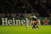 Nick Evans of Harlequins lines up a penalty kick during the European Rugby Champions Cup  Round 1 match between Harlequins and Castres Olympique at the Twickenham Stoop on Friday 17th October 2014 (Photo by Rob Munro)
