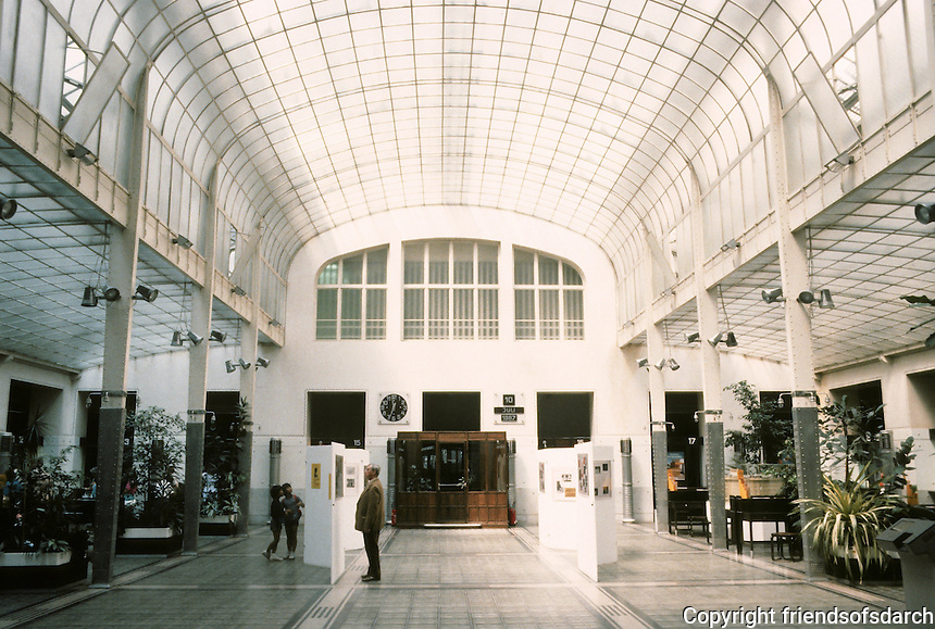 Otto Wagner: Post Office Savings Bank, Vienna 1912. Interior.