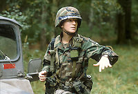 - US Army, woman artillery officier during  NATO exercises in Germany....- US Army, donna ufficiale di artiglieria durante esercitazioni NATO in Germania