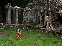 16_Cambodia_Ta Prohm_Banteay Thom