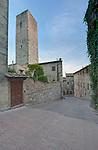 Europe, Italy, Tuscany, San Gimignano, Midieval Alleyway