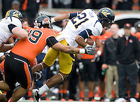 Keenan Allen of California catches the ball from Brock Mansion during the game against Oregon State at Reser Stadium in Corvallis, Oregon on October 30th, 2010.   Oregon State defeated California, 35-7.