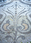 Italy, Lombardia, Lake Como, Varenna: at botanical garden of Villa Monastero - mosaic | Italien, Lombardei, Comer See, Varenna: im Park der Villa Monastero - Bodenmosaik