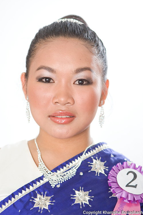 Vysouda Vanjalearn, contestant for Miss Songkran pageant, poses during the Lao New Year celebration at Wat Lao Thepnimith in Fort Worth on April 24, 2010.  (photo by Khampha Bouaphanh)