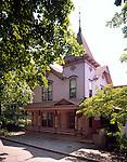 Crescent Cottage Inn.211 Spring St.Eureka Springs, AR