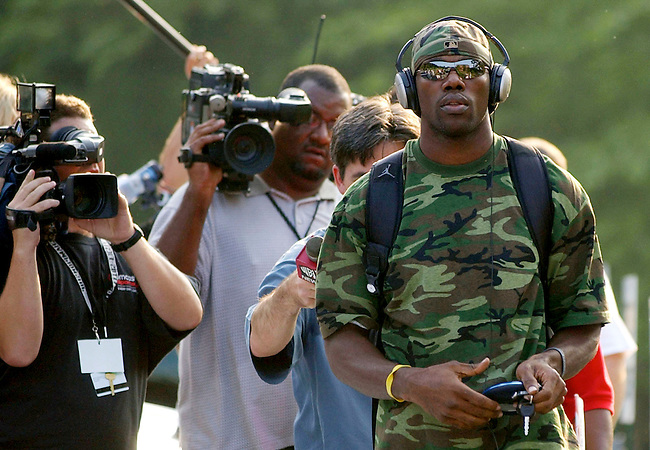 Philadelphia Eagles wide receiver Terrell Owens reports to camp on the Leigh University campus August, 1, 2005 in Bethlehem, Pa. (Bradley C Bower/Reuters)