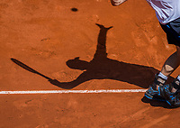 Paris, France, 5 June, 2017, Tennis, French Open, Roland Garros,  schaduw of a service<br /> Photo: Henk Koster/tennisimages.com
