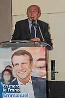 Gérard Collomb profite de sa visite au MIPIM pour défendre le programme du candidat à la Présidentielle Emmanuel Macron à l'occasion d'une nouvelle réunion publique dans l'un des palaces de Cannes, le Gray d'Albion, le mercredi 15 mars 2017. # GERARD COLLOMB SOUTIEN EMMANUEL MACRON LORS DU MIPIM A CANNES