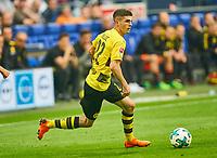 Christian PULISIC Nr. 22 BVB  <br /> FC SCHALKE 04 -  BORUSSIA DORTMUND 2-0<br /> Football 1. Bundesliga , Gelsenkirchen,15.04.2018, 30. match day,  2017/2018 1.Bundesliga, BVB, S04, <br />  *** Local Caption *** © pixathlon<br /> Contact: +49-40-22 63 02 60 , info@pixathlon.de