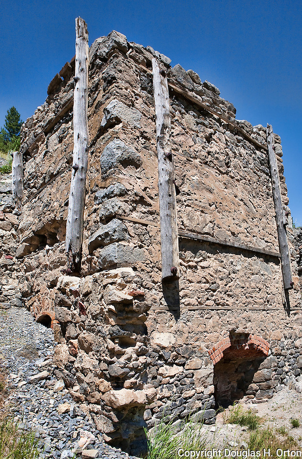 Grizzly Gulch LIme Kilns, now on the National Register of Historic Places, provided much of the lime for early construction in Helena, Montana and operated intermittently until well into the 20rh century.