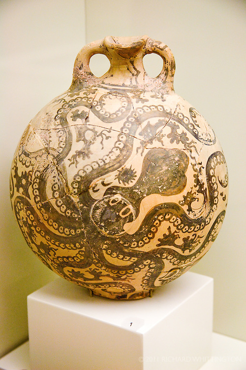The Octopus Vase, found in the Irakleio Archaeological Museum, is a Minoan vase from Palaikastro, painted with images of various sea creatures.