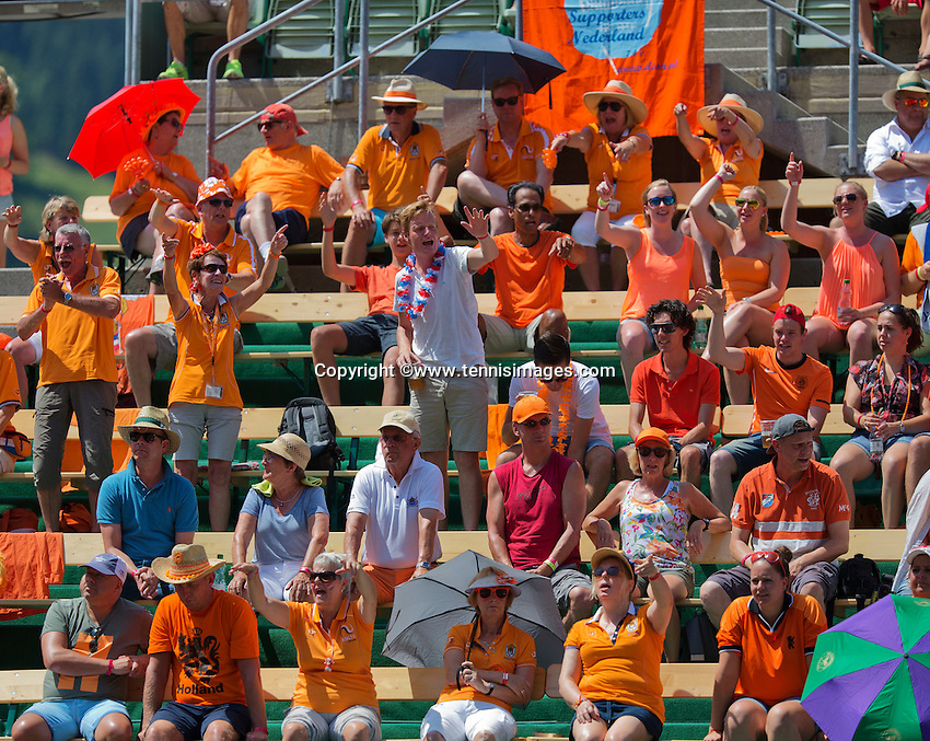 Austria, Kitzbühel, Juli 18, 2015, Tennis,  Davis Cup, second match between Andreas Haider-Maurer (AUT) and Robin Haase (NED), pictured : Dutch supporters<br /> Photo: Tennisimages/Henk Koster