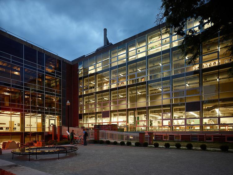 Hopkins Hall at The Ohio State University   Architects: Braun & Steidl