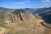 Yellowstone River flowing beside Devils Slide
